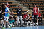 Trainer Jaron Siewert (Berlin) nachdenklich beim Spiel in der Handball Bundesliga, Frisch Auf Goeppingen - Fuechse Berlin.<br /> <br /> Foto © PIX-Sportfotos *** Foto ist honorarpflichtig! *** Auf Anfrage in hoeherer Qualitaet/Aufloesung. Belegexemplar erbeten. Veroeffentlichung ausschliesslich fuer journalistisch-publizistische Zwecke. For editorial use only.