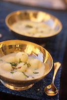 "Asie/Inde/Rajasthan/Jaipur: ""Rasmalai Kesari"" fromage frais au lait concentré - Recette du restaurant ""Suvarna Mahal"" du Rambagh Palace"