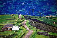 Agricultura na Cordilheira dos Andes, Equador. 1987. Foto de Juca Martins.