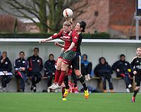 Dames Zulte - Waregem - RSC Anderlecht : luchtduel tussen Jana Coryn en Cecile De Gernier.foto DAVID CATRY / VROUWENTEAM.BE