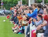 KV Kortrijk : Eerste training met talrijk opgekomen publiek en supporters .foto VDB / BART VANDENBROUCKE