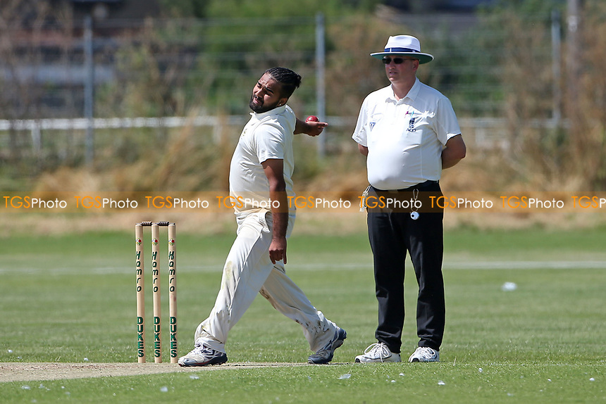 Aditya Kumar in bowling action for Gidea Park during Oakfield Parkonians CC (batting) vs Gidea Park and Romford CC, Hamro Foundation Essex League Cricket at Oakfield Playing Fields on 17th July 2021