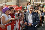 MASSIMO D'ALEMA<br /> MANIFESTAZIONE PER LA LIBERTA' DI STAMPA PROMOSSA DAL FNSI<br /> PIAZZA DEL POPOLO ROMA 2009