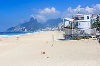 Rio de Janeiro (RJ), 20.03.2021 - Praia-Rio - Movimentação na praia de Copacabana, zona sul do Rio de Janeiro, neste sábado 920) com o novo decreto da prefeitura para diminuir o avanço do novo coronavirus que restringe a frequência nas praias da orla da cidade.