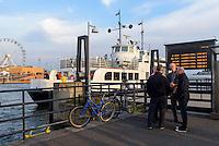 Fähre im Südhafen, Helsinki, Finnland
