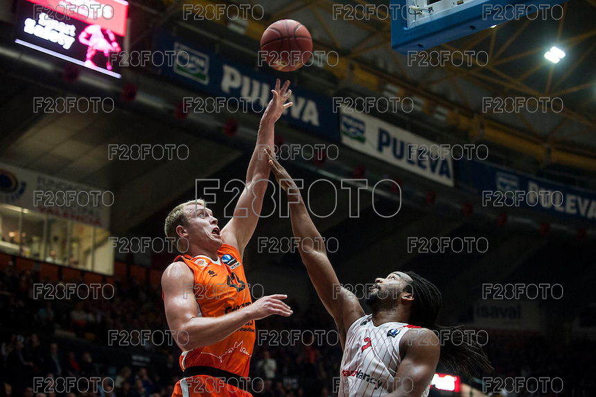 VALENCIA, SPAIN - NOVEMBER 18: Luke Sikma, Randal Falker during EUROCUP match between Valencia Basket Club and CAI SLUC Nancy at Fonteta Stadium on November 18, 2015 in Valencia, Spain