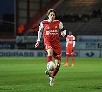 KV Kortrijk - Standard : Dylan Ragolle aan de bal.foto VDB / BART VANDENBROUCKE