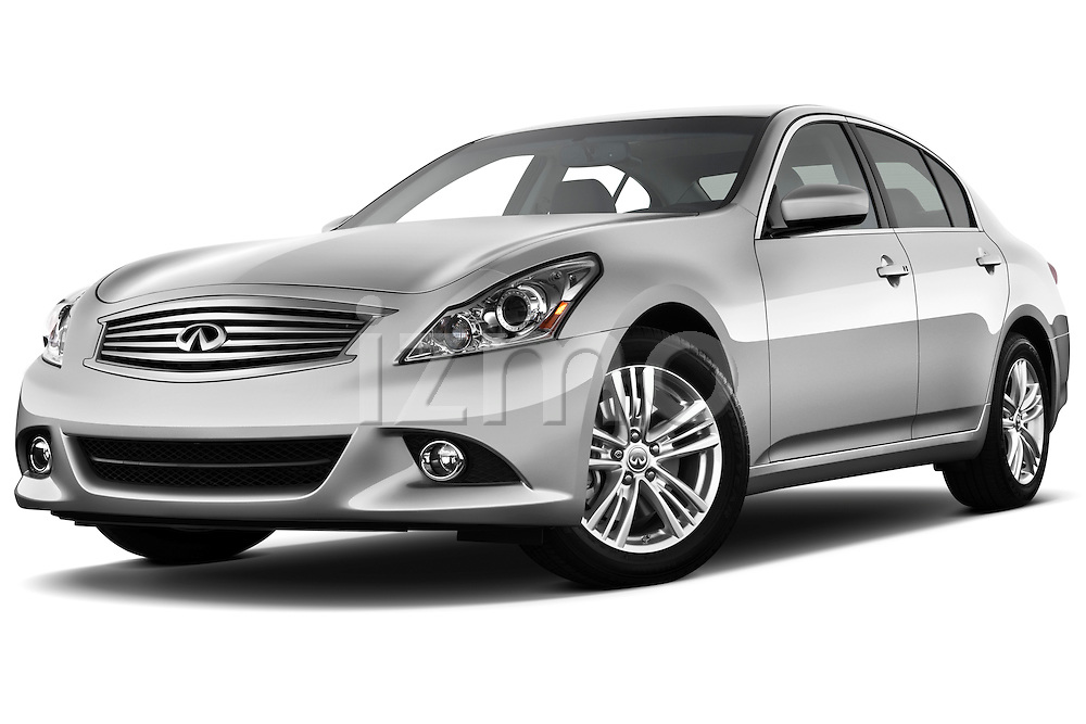 Low aggressive front three quarter view of a 2011 Infiniti G25 Journey Sedan.