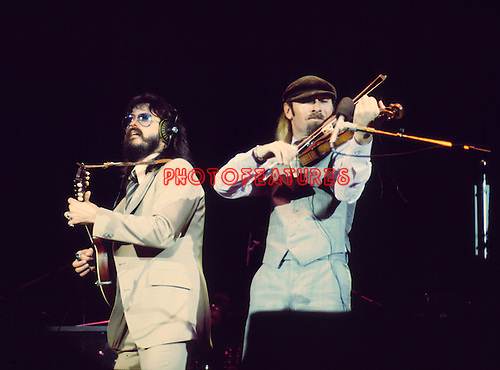 Seals & Crofts 1976 Dash Crofts and Jimmy Seals.© Chris Walter.