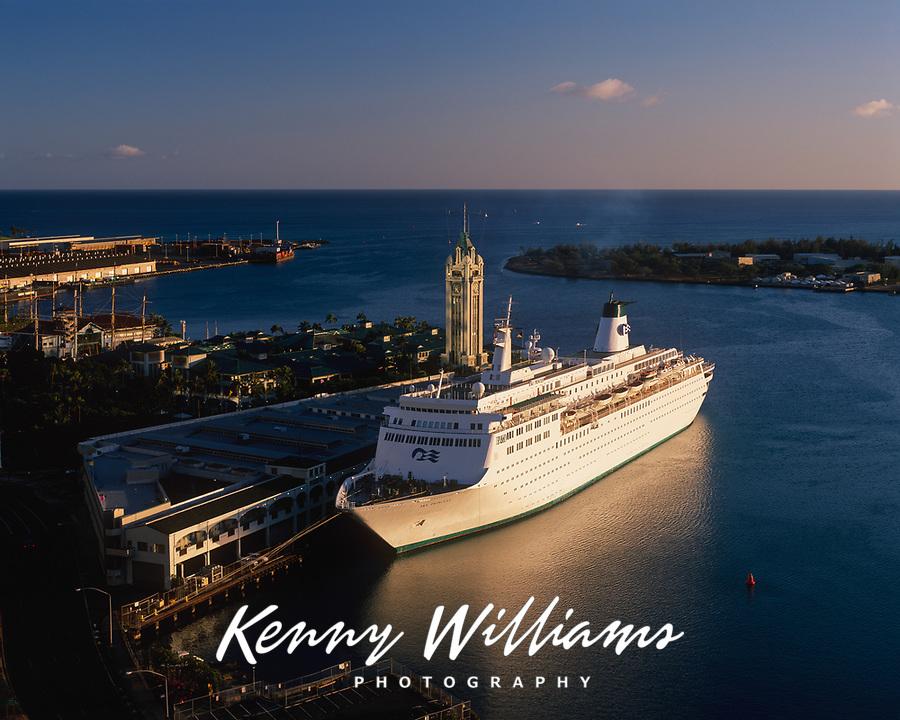 Cruise Ship at Sunset, Aloha Tower Marketplace, Honolulu, Oahu, Hawaii, USA.