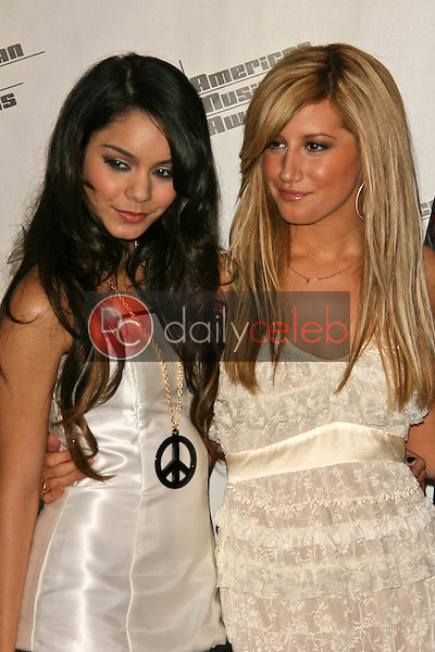 Monique Coleman and Ashley Tisdale<br />in the press room at the 34th Annual American Music Awards. Shrine Auditorium, Los Angeles, CA. 11-21-06<br />Dave Edwards/DailyCeleb.com 818-249-4998