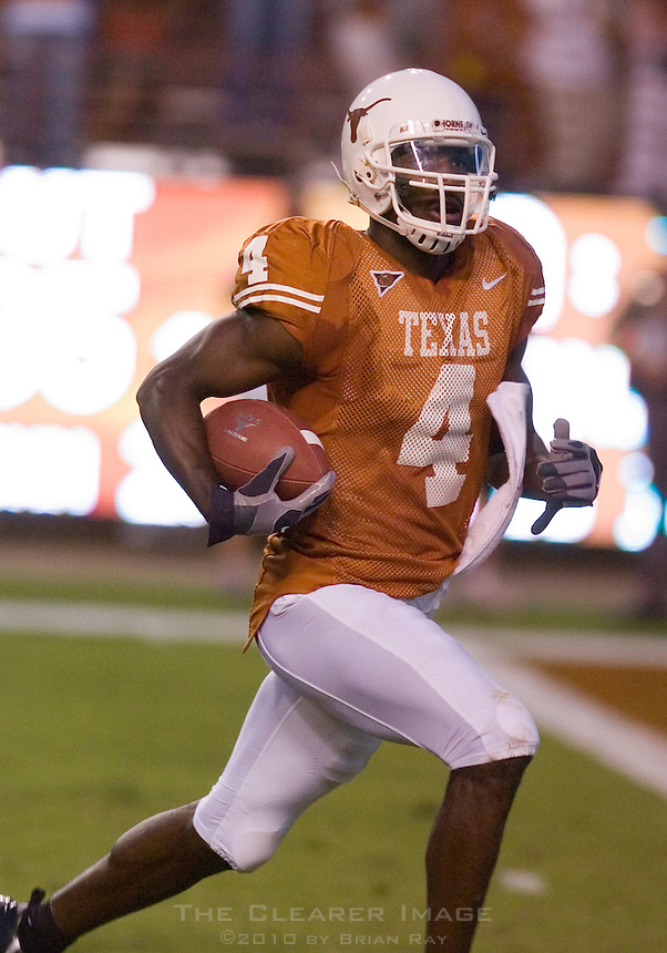 30 September 2006: Texas receiver Limas Sweed trots into the endzone for a long touchdown reception during the Longhorns 56-3 victory over the Sam Houston State Bearkats at Darrell K Royal Memorial Stadium in Austin, TX.