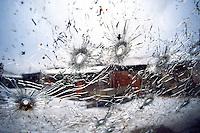 RUGOVO / KOSOVO - 29 GENNAIO 1999.NEL VILLAGGIO DI RUGOVO, NEI PRESSI DEL CONFINE ALBANESE, OPERAVA DA MESI UNA BANDA DI GUERRIGLIERI DELL'UCK. DURANTE UN RASTRELLAMENTO DELL'ESERCITO JUGOSLAVO, PERDONO LA VITA 24 UOMINI DI ETNIA ALBANESE E 3 SOLDATI GOVERNATIVI. PER I POCHI GIORNALISTI E MONITORS DELL'OSCE ERA CHIARO CHE SI TRATTASSE DI UNO SCONTRO A FUOCO TRA ESERCITO E GUERRIGLIA MA SUI GIORNALI DI MEZZO MONDO SI PARLO' DI 'ENNESIMA STRAGE DI CIVILI' GIUSTIFICANDO IL POSSIBILE INTERVENTO DELLA NATO CONTRO LA SERBIA DI MILOSEVIC..FOTO LIVIO SENIGALLIESI..RUGOVO / KOSOVO - 29 JANUARY 1999.IN THE LITTLE VILLAGE NEAR ALBANIAN BORDER, KLA GUERRILLA GROUP HAS BEEN ACTIVE FOR MONTHS. DURING A JUGOSLAV ARMY MOPPING UP OPERATION, 24 MEMBERS OF KLA HAVE BEEN KILLED TOGETHER WITH 3 JUGOSLAV SOLDIERS. FOR THE FEW JOURNALISTS PRESENT ON THE GROUND AND FOR THE OSCE MONITORS IT WAS CLEARLY A BATTLE AMONG ARMED GROUPS BUT ON THE LOCAL AND INT'L MEDIA WAS REPORTED 'ANOTHER MASSACRE OF CIVILIANS' JUSTIFYING POSSIBLE NATO INTERVENTION AGAINST SERBIA AND MILOSEVIC. .PROPAGANDA AND DISINFORMATION HAVE BEEN VERY ACTIVE DURING THE WAR IN KOSOVO..PHOTO LIVIO SENIGALLIESI