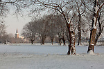 Europa, DEU, Deutschland, Nordrhein Westfalen, NRW, Rheinland, Niederrhein, Voerde, Winter, Schnee, Kirche, Kirchturm, Baeume, Typische Kopfweiden, Kategorien und Themen, Natur, Umwelt, Landschaft, Jahreszeiten, Stimmungen, Landschaftsfotografie, Landschaften, Landschaftsphoto, Landschaftsphotographie, Naturschutz, Naturschutzgebiete, Landschaftsschutz, Biotop, Biotope, Landschaftsschutzgebiete, Landschaftsschutzgebiet, Oekologie, Oekologisch, Typisch, Landschaftstypisch, Landschaftspflege....[Fuer die Nutzung gelten die jeweils gueltigen Allgemeinen Liefer-und Geschaeftsbedingungen. Nutzung nur gegen Verwendungsmeldung und Nachweis. Download der AGB unter http://www.image-box.com oder werden auf Anfrage zugesendet. Freigabe ist vorher erforderlich. Jede Nutzung des Fotos ist honorarpflichtig gemaess derzeit gueltiger MFM Liste - Kontakt, Uwe Schmid-Fotografie, Duisburg, Tel. (+49).2065.677997, ..archiv@image-box.com, www.image-box.com]