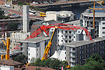 Collapsed crane at Chandlers Wharf, Liverpool 08.07.09