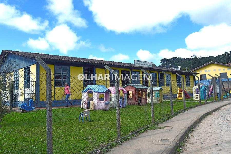 Creche Municipal Sonia Maria Camargo em Monte Verde, Camanducaia. Minas Gerais. 2016. Foto de Thaïs Falcão