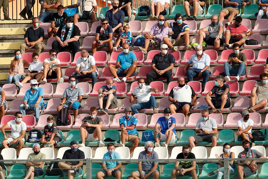 Tifosi ammessi allo Stadio durante il Triangolare precampionato nel ritiro estivo  tra Napoli , L'Aquila e il Castel Di Sangro allo stadio Patini