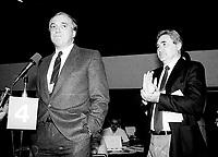 Le congres du NPD, mars 1987 au Palais des congres de Montreal<br /> <br /> Ed Broadbent (L) and Michel Agnaieff, Associate President of the New Democratic Party - Nouveau Parti Democratique (NDP-NPD) at the March 12, 1987 convention in Montreal.<br /> <br /> PHOTO : Agence Quebec Presse - Pierre Roussel