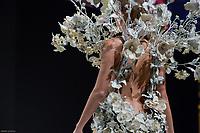 Ellen Batelaan portant la robe de Jean Paul Benielli et Jeffrey Cagnes au Salon du Chocolat coiffure Franck Provost maquillage Make Up For Ever Paris 2017 - SALON DU CHOCOLAT 2017, 27/10/2017, PARIS, FRANCE