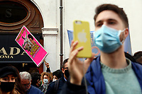 Demonstration of entertainment workers (circus, cinema, theater and music sectors) to to protest against the measures taken by the Government to contrast the Covid-19 pandemic and to ask the Government for financial ai .<br /> Rome (Italy), October 30th 2020<br /> Photo Samantha Zucchi Insidefoto