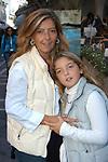 AMINA GASPARRI CON LA FIGLIA<br /> CONVEGNO GIOVANI IMPRENDITORI  DI CONFINDUSTRIA<br /> CAPRI 2005