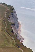 France, Pas-de-Calais (62), Côte d'Opale , Audinghen, Cap Gris-Nez, promenade sur la falaise   // France, Pas de Calais, Cote d'Opale (Opal Coast)  , Audinghen, Cap Gris Nez, walk along the cliff