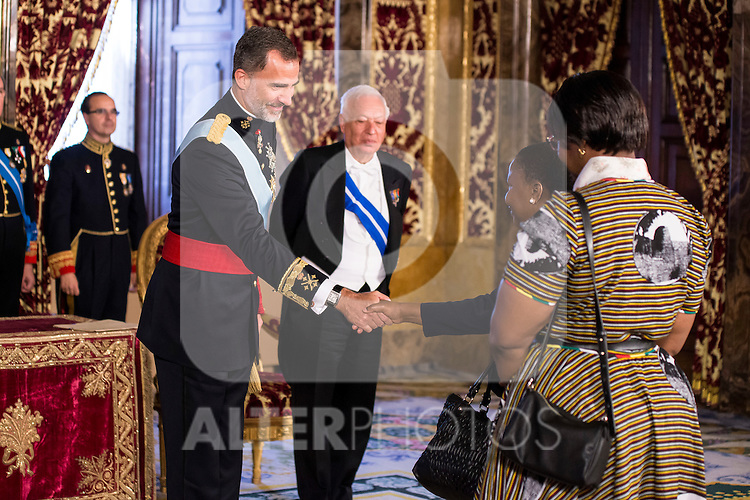 Ambassador of Zimbabwe, SRA. Rudo Mabel Chitiga present his credentials to King Felipe VI of Spain during royal audiences at Real Palace in Madrid, July 27, 2015. <br /> (ALTERPHOTOS/BorjaB.Hojas)