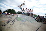 Pix: Shaun Flannery/shaunflanneryphotography.com...COPYRIGHT PICTURE>>SHAUN FLANNERY>01302-570814>>07778315553>>..3rd July 2011...........Area 51, Skate Jam, Anchorage Lane Skate Park..Inline skater.