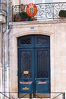 The entrance to one of the wine merchants (negociants) in Bordeaux: Schroder & Schyler & Cie on the Quai des Chartrons - equally the Danish Consulate in Bordeaux