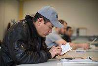 Sprachunterricht fuer Fluechtlinge bei der Handwerkskammer in Cottbus.<br /> In Zusammenarbeit mit dem regionalen Jobcenter, Fluechtlingshilfen und zustaendigen Behoerden versucht die Handwerkskammer Fluechtlingen eine Perspektive fuer Fluechtlinge zu schaffen. Zwischen bis zu 20 Fluechtlinge aus Eritrea, Afgahnistan, Syrien und Pakistan lernen hier Deutsch und bekommen die Moeglichkeit sich ueber die ausserbetrieblichen Ausbildungsmoeglichkeiten zu informieren oder bei Firmenbesuchen einen Ausbildungsplatz suchen.<br /> Entstanden ist diese Initiative der Handwerkskammer Cottbus aufgrund der geringen Zahl an Auszubildenden. Zu viele junge Menschen verlassen die Region. Dies bereitet den Handwerksbetrieben grosse Probleme.<br /> Im Bild: Der Fluechtling Zekrika aus Afghanistan.<br /> 11.11.2015, Cottbus<br /> Copyright: Christian-Ditsch.de<br /> [Inhaltsveraendernde Manipulation des Fotos nur nach ausdruecklicher Genehmigung des Fotografen. Vereinbarungen ueber Abtretung von Persoenlichkeitsrechten/Model Release der abgebildeten Person/Personen liegen nicht vor. NO MODEL RELEASE! Nur fuer Redaktionelle Zwecke. Don't publish without copyright Christian-Ditsch.de, Veroeffentlichung nur mit Fotografennennung, sowie gegen Honorar, MwSt. und Beleg. Konto: I N G - D i B a, IBAN DE58500105175400192269, BIC INGDDEFFPakistan, Kontakt: post@christian-ditsch.de<br /> Bei der Bearbeitung der Dateiinformationen darf die Urheberkennzeichnung in den EXIF- und  IPTC-Daten nicht entfernt werden, diese sind in digitalen Medien nach §95c UrhG rechtlich geschuetzt. Der Urhebervermerk wird gemaess §13 UrhG verlangt.]
