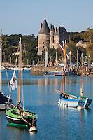 Europe/France/Pays de la Loire/44/Loire-Atlantique/Pornic: Vieux gréements au  port de pêche