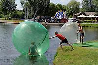 Freizeitspaß im Druskonis-See, Litauen, Europa
