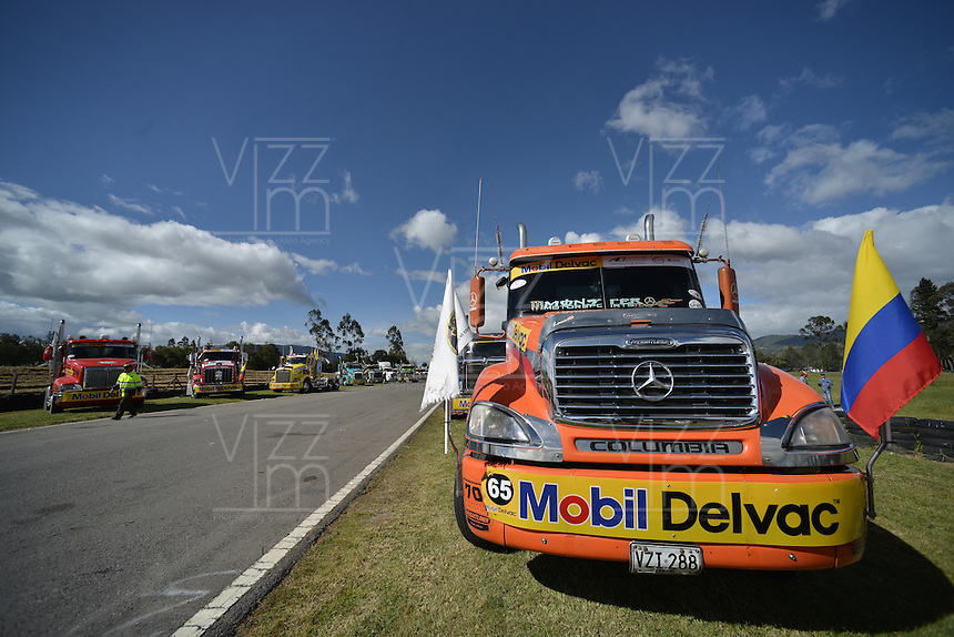 TOCANCIPÁ -COLOMBIA. 14-07-2013. 26° Gran Premio Nacional De Tractomulas realizado hoy en el autodromo de Tocancipá, Colombia./ 26th  National Trucks Grand Prix at Tocancipa racetrack today in Tocancipa, Colombia.  Photo: VizzorImage / Ericka Rozo/ Str