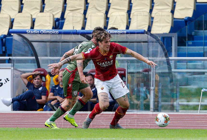 Roma's Nicolo' Zaniolo in action during the Serie A soccer match between Roma and Cagliari at Rome's Olympic Stadium, October 6, 2019. UPDATE IMAGES PRESS/ Riccardo De Luca