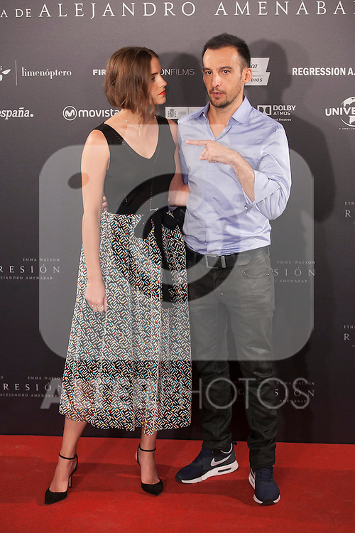 Spanish film director Alejandro Amenabar and British actress Emma Watson pose during the `Regresion´ (Regression) film presentation in Madrid, Spain. August 27, 2015. (ALTERPHOTOS/Victor Blanco)