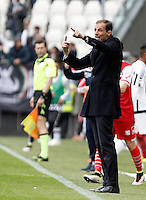 Calcio, Serie A: Juventus vs Carpi. Torino, Juventus Stadium, 1 maggio 2016.<br /> Juventus' coach Massimiliano Allegri gives indications to his players during the Italian Serie A football match between Juventus and Carpi at Turin's Juventus Stadium, 1 May 2016. <br /> UPDATE IMAGES PRESS/Isabella Bonotto