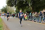 2020-02-23 Hampton Court Half 017 SGo Finish rem