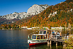 Oesterreich, Steyrisches Salzkammergut, Goessl am Grundlsee: Anlegestelle fuer die Seenrundfahrt | Austria, Styrian Salzkammergut, Goessl at Grundl Lake:landing stage for sightseeing boat