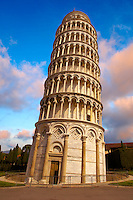 Leaning Tower of Pisa - Pizza  del Miracoli - Pisa - Italy Leaning Tower of Pisa - Piazza  del Miracoli - Pisa - Italy