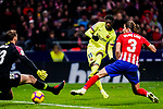 Ousmane Dembele of FC Barcelona (C) attempts a kick while being defended by Goalkeeper Jan Oblak of Atletico de Madrid (L) and Filipe Luis of Atletico de Madrid (R) during the La Liga 2018-19 match between Atletico Madrid and FC Barcelona at Wanda Metropolitano on November 24 2018 in Madrid, Spain. Photo by Diego Souto / Power Sport Images