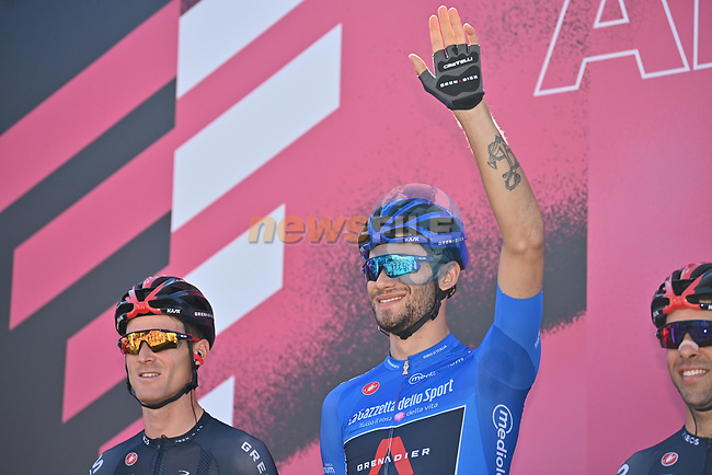 Maglia Azzurra Filippo Ganna (ITA) Ineos Grenadiers at sign on before the start of Stage 8 of the 103rd edition of the Giro d'Italia 2020 running 200km from Giovinazzo to Vieste, Sicily, Italy. 10th October 2020.  <br /> Picture: LaPresse/Massimo Paolone | Cyclefile<br /> <br /> All photos usage must carry mandatory copyright credit (© Cyclefile | LaPresse/Massimo Paolone)