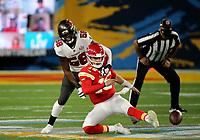 7th February 2021, Tampa Bay, Florida, USA;  Tampa Bay Buccaneers Linebacker Shaquil Barrett (58) puts pressure on Kansas City Chiefs Quarterback Patrick Mahomes (15) during Super Bowl LV between the Kansas City Chiefs and the Tampa Bay Buccaneers on February 07, 2021, at Raymond James Stadium