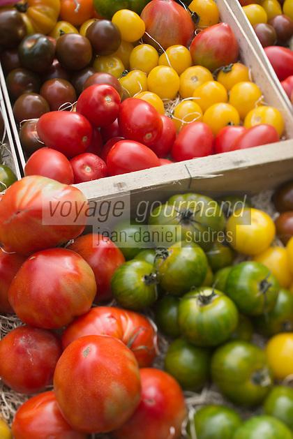 Europe/France/Midi-Pyrénées/31/Haute-Garonne/Toulouse: Etal de légumes sur le marché