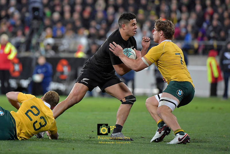 All Blacks' Anton Lienert-Brown in action during the All Blacks v Wallabies. The Rugby Championship & Bledisloe Cup at Westpac Stadium, Wellington, New Zealand on Saturday 27 August 2016.<br /> Photo by Masanori Udagawa. <br /> www.photowellington.photoshelter.com.