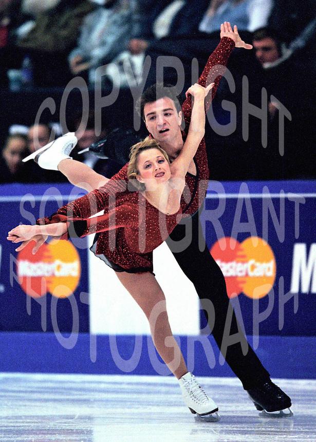 Elena Berezhnaya and Anton Sikharulidze Russia. Skate Canada. Photo Scott Grant