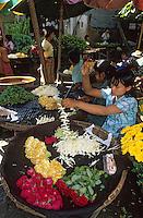 Asie/Birmanie/Myanmar/Haute Birmanie/Mandalay: Le marché aux fleurs