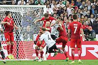 Lukasz Piszczek (POL) klärt - EM 2016: Deutschland vs. Polen, Gruppe C, 2. Spieltag, Stade de France, Saint Denis, Paris