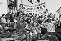 - antinuclear and pacifist international march in Alsace and Germany, summer 1977 ....- marcia internazionale antinucleare e pacifista in Alsazia e Germania, estate 1977