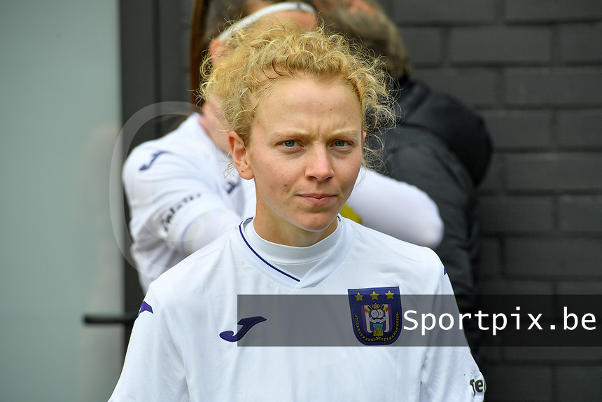 Charlotte Tison (20 Anderlecht) pictured before a female soccer game between Club Brugge Dames YLA and RSC Anderlecht Ladies on the fifth matchday of the 2020 - 2021 season of Belgian Scooore Womens Super League , sunday 18 October 2020  in Brugge , Belgium . PHOTO SPORTPIX.BE | SPP | DAVID CATRY