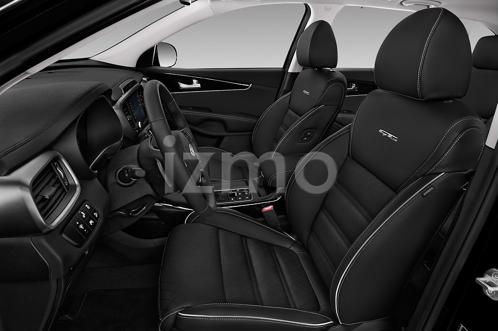 Front seat view of a 2018 KIA Sorento GT Line 5 Door SUV front seat car photos